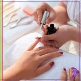 manicure para mulheres Aclimação