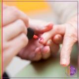 onde tem manicure para idosas Paraíso
